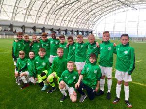 Uczestnicy obozu piłkarskiego w Szkocji